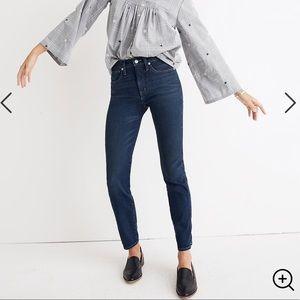 Rivet & Thread Slim Straight Jeans Richardson Wash